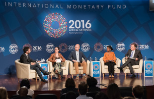 Global leaders admonish the youths to fight corruption
